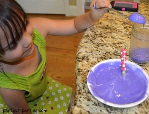 making rainbow cake