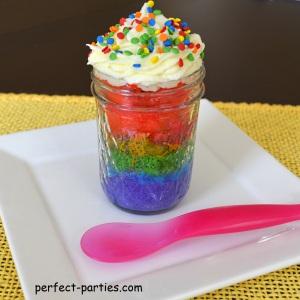 rainbow cake in a 1/2 pint jar
