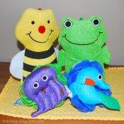 Bath puppets as party favors
