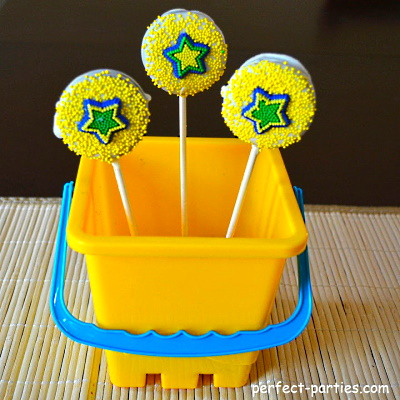 Oreo pops using cake decorations.
