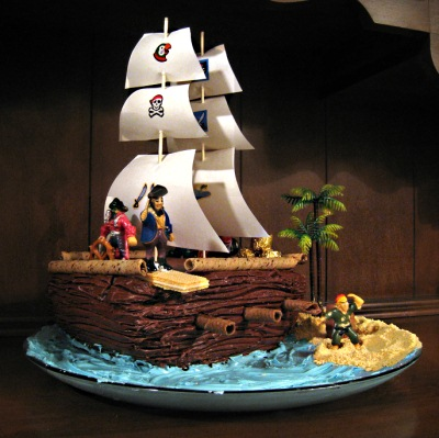 Cake Designs Pirate Ship : Pirates 4yo Birthday Party on Pinterest Pirate Cakes ...