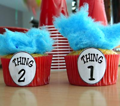 Thing 1 and 2 Cupcakes